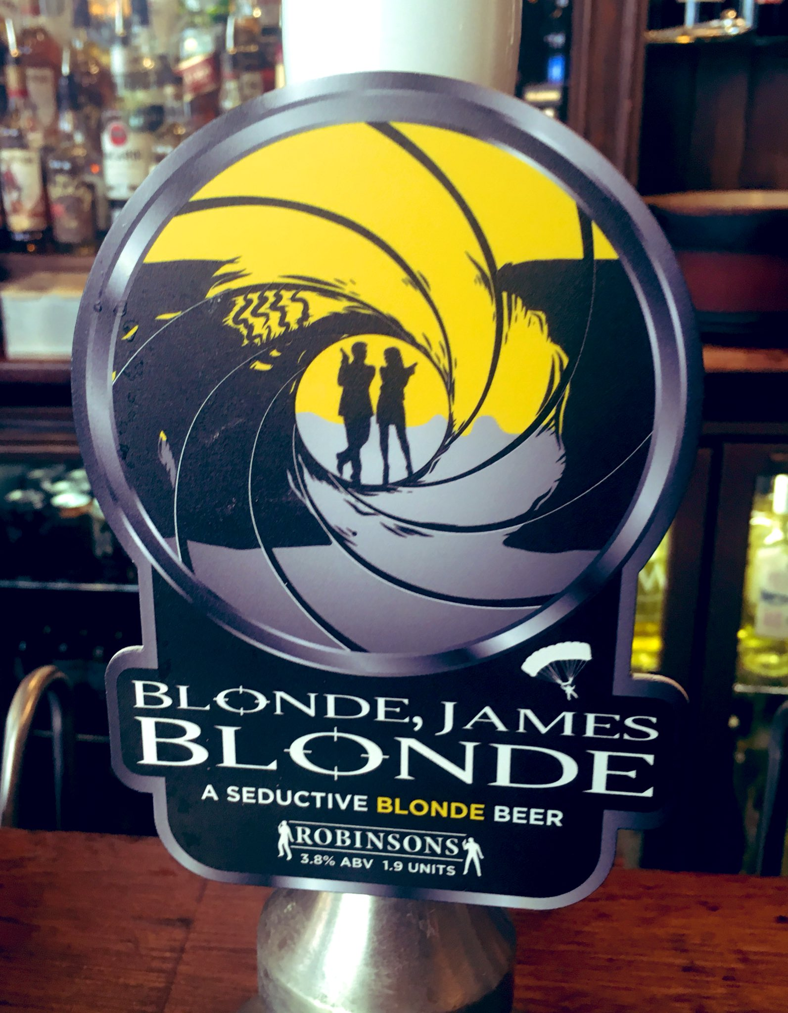 146: James Blonde